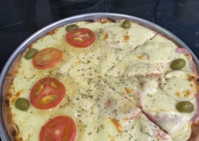 Pizzas na Lapa, Zona Oeste, SP - Pastelaria Brasileira (4)